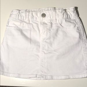 White gap kids skirt